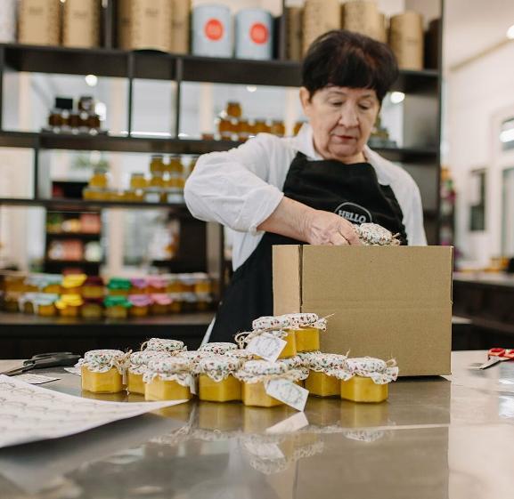 Ушёл из digital и сделал бизнес на мёде: как продавать натурпродукт в интернете