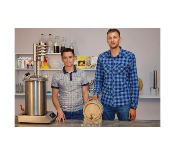 Основатели компании «Русская дымка». Слева – Сергей Сандалов, справа – Владимир Соколов