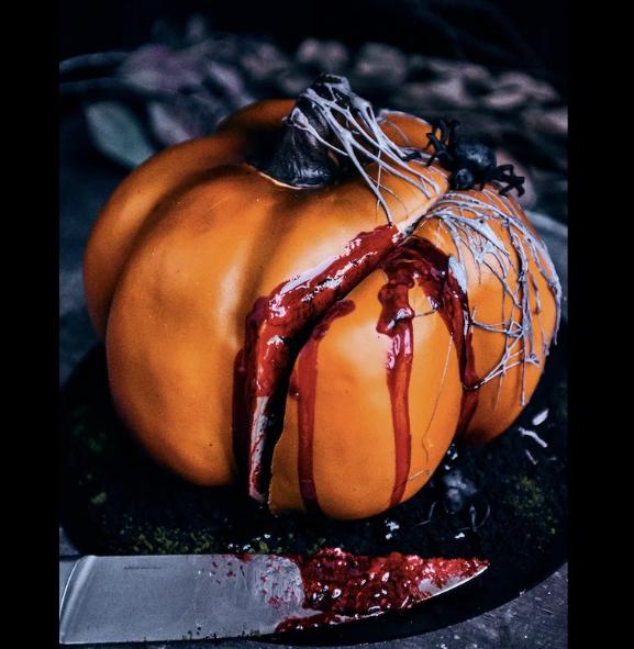 Страшно интересно: как бизнес зарабатывает на Хэллоуине